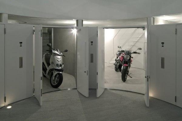 Дом для мотоциклов и их хозяев …