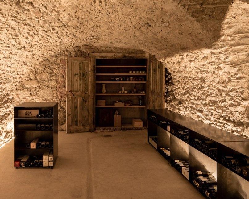 ulrike tinnacher embeds former wine press house