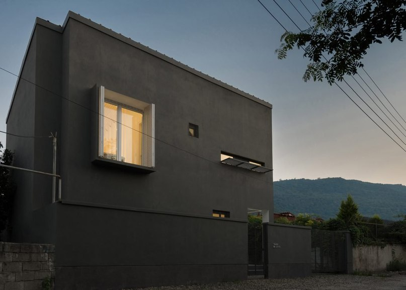 Monochrome Iranian holiday home by RooyDaad Architects