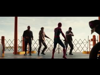 Эндрю Гарфилд смотрит трейлер нового Человека-паука