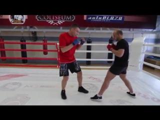 Как научиться двигаться на ногах Упражнения Руслана Акумова для работы ног и передвижений в боксе