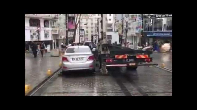 Pensava di parcheggiare un attimo in sosta vietata! Ecco che fine fa la sua auto!