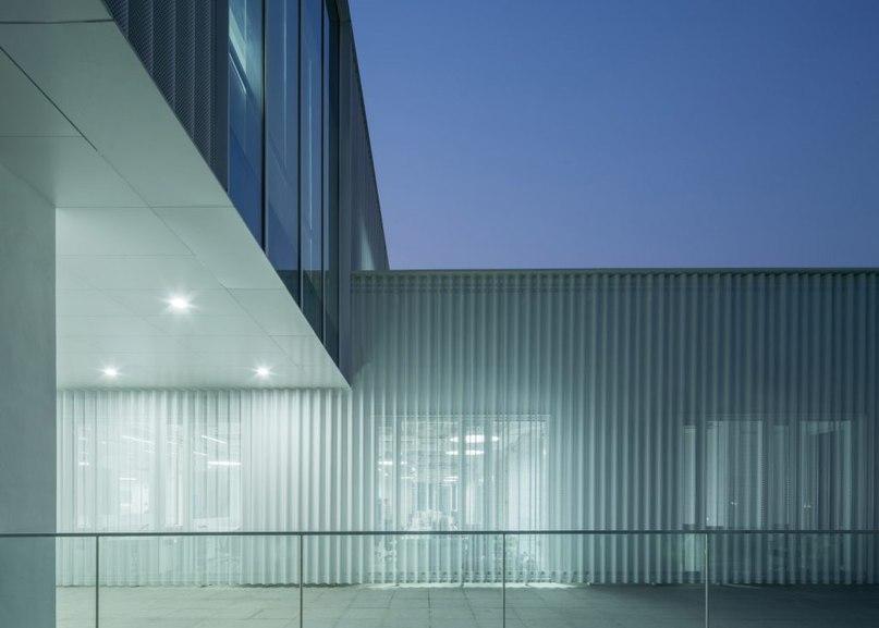 Shanghai office transformed into aluminium-clad tech incubator