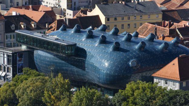 3. Кунстхаус (музей искусств) в Граце, Австрия Биоморфный