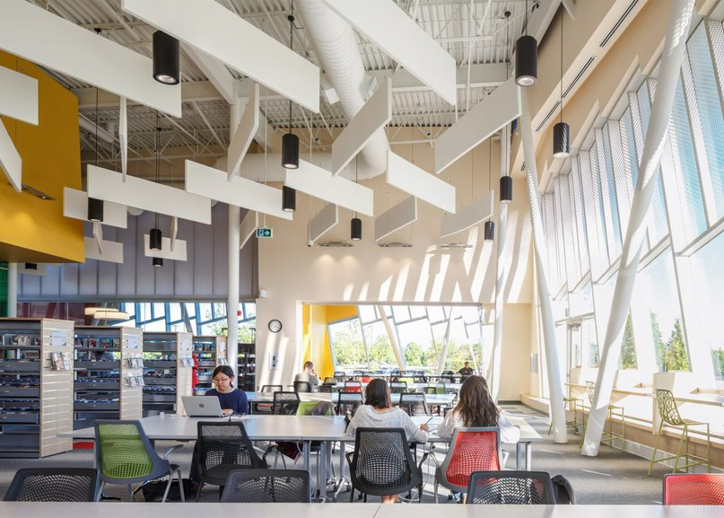 ZAS creates Toronto library with curved walls
