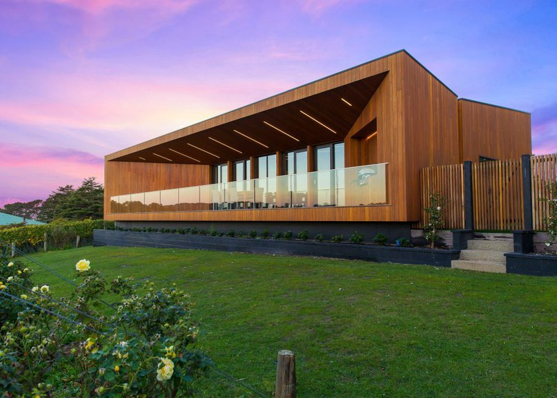 Angular terrace maximises winery views at Red