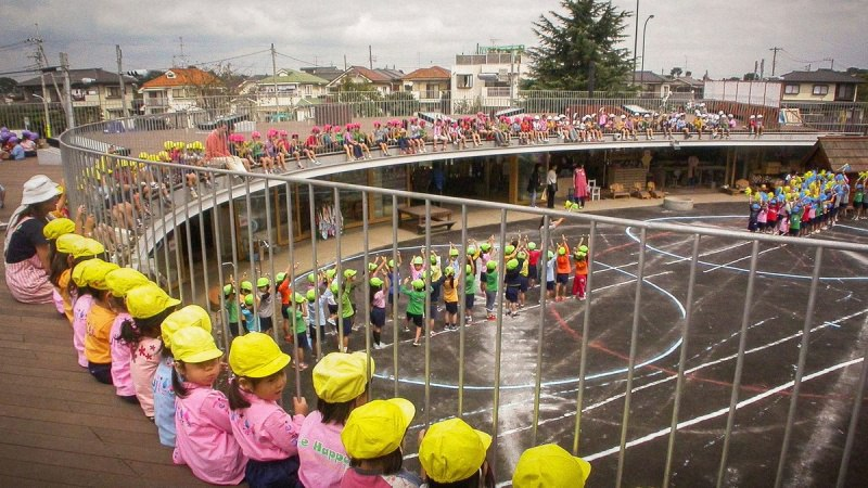 В Японии построили лучший детский сад в