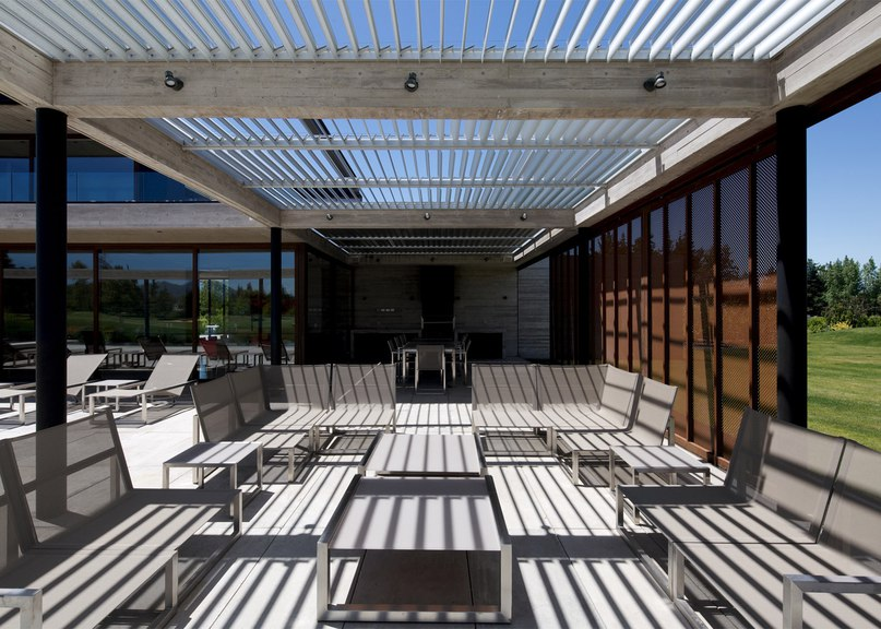 Cristian Hrdalo adds protective steel screens to