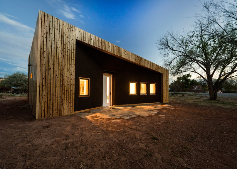 Architecture students create studio building in rural