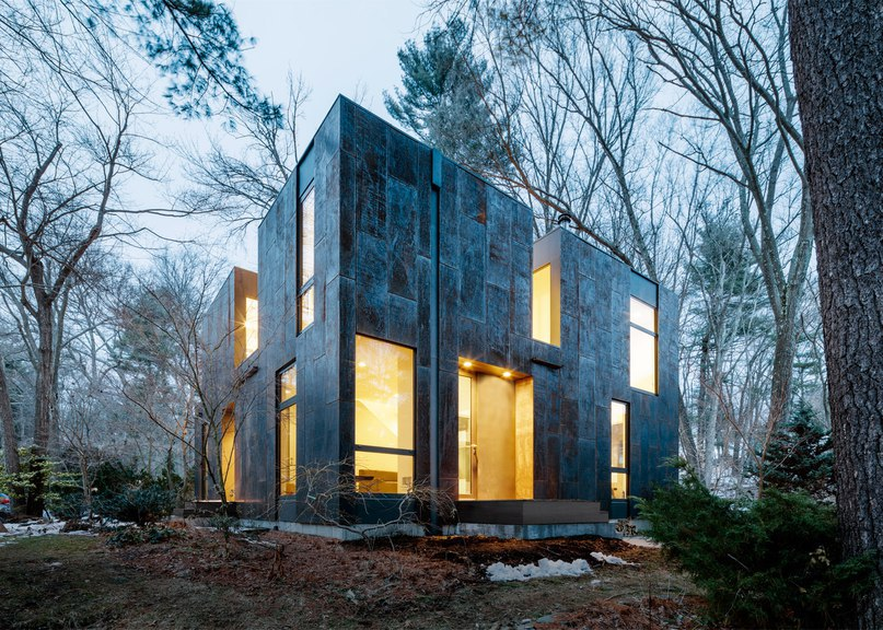 Merge Architects clads Massachusetts home in weathering