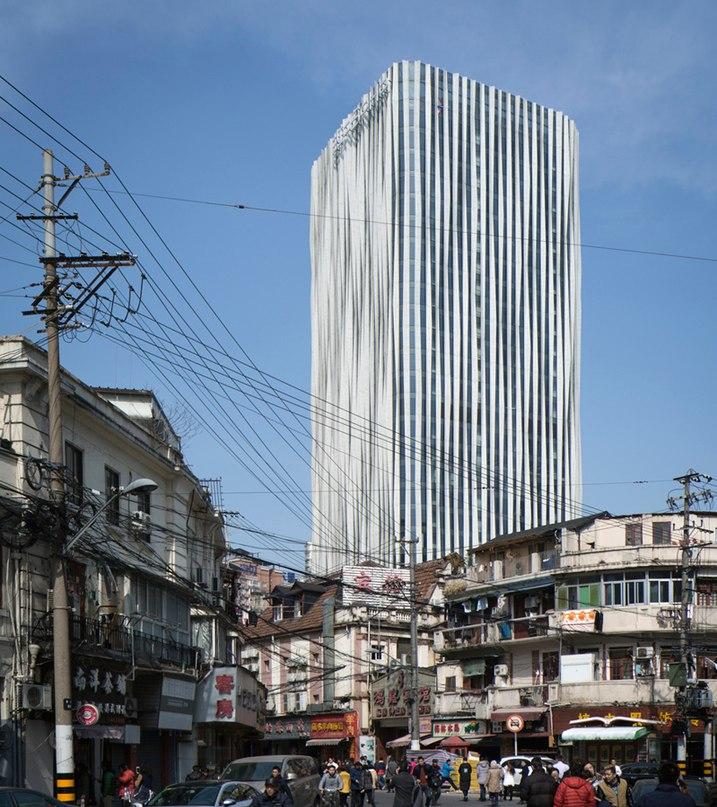 kengo kuma creates a pleated aluminum mesh