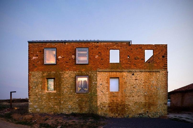 Проект La Ruina Habitada — это реконструкция