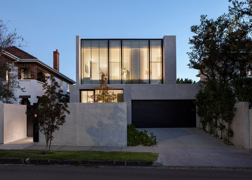 Davidov Partners completes concrete and glass house