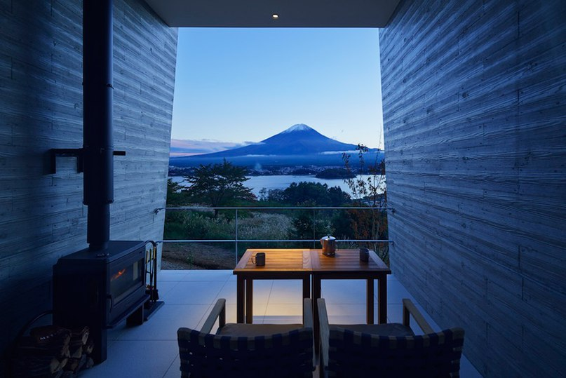 azuma architects and associates orientates japanese resort