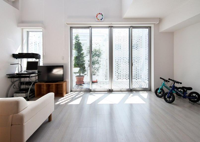 Hiroyuki Moriyama completes Tokyo apartment building with