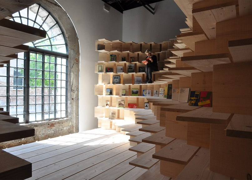 Dekleva Gregorič transforms Slovenian Pavilion into cocooning