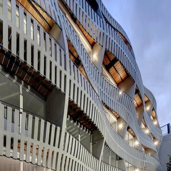 Кинетические и оптические иллюзии, воплощенные в здании
