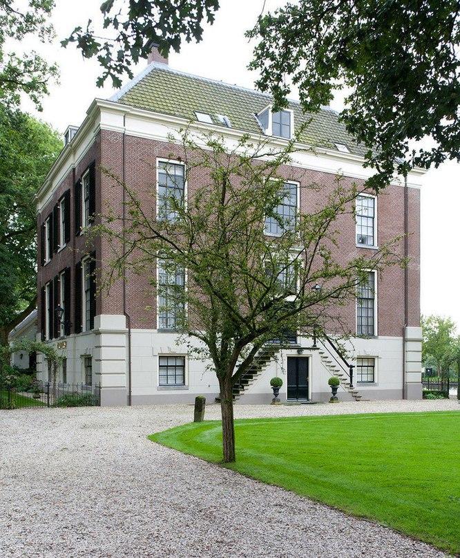 Элегантная квартира в здании XVIII века  Архитектор Реми