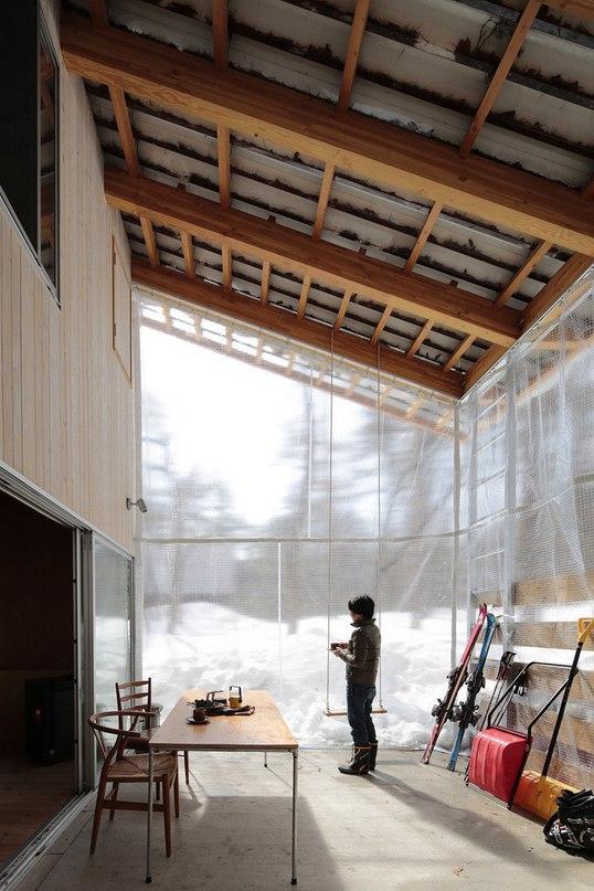 Вилла в японской деревне Хакуба  Студия Naka Architects