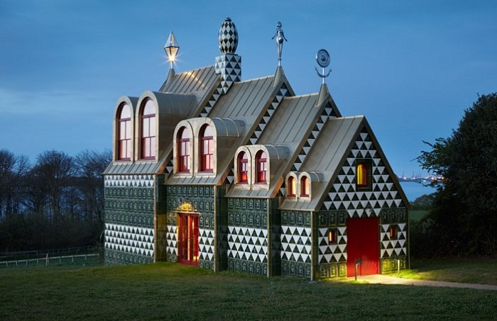 Воплощение сказки: пряничный домик в Британии.  В английском