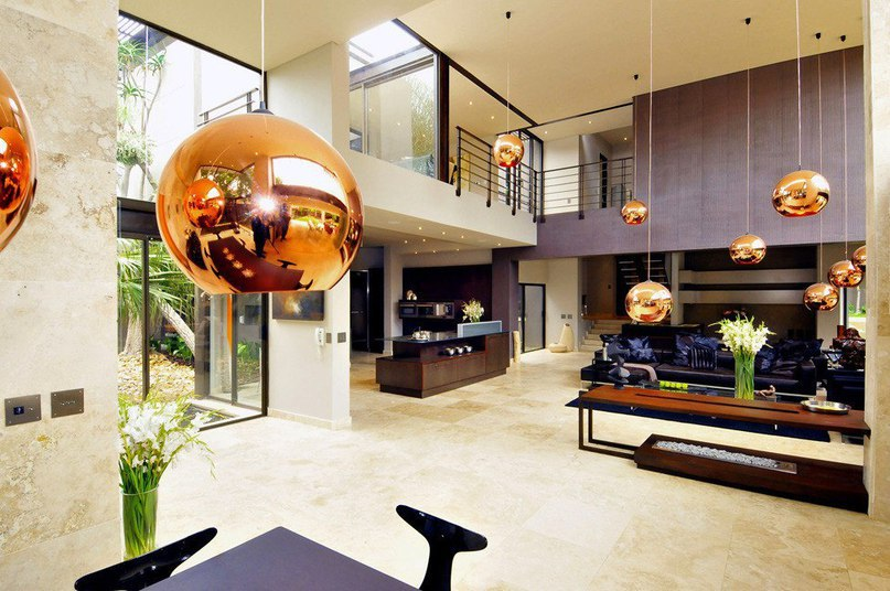 Величественный особняк в Йоханнесбурге  Особняк Brian Road Morningside