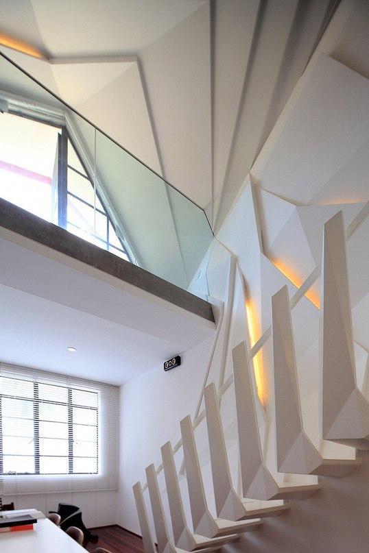 Двухуровневая квартира в Шанхае  Архитектурное бюро SKEW Collaborative