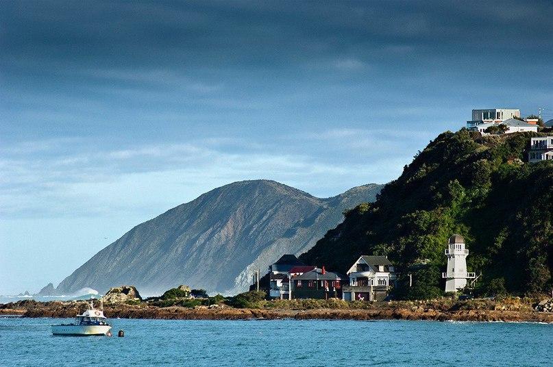 Дом на краю утеса в Новой Зеландии
