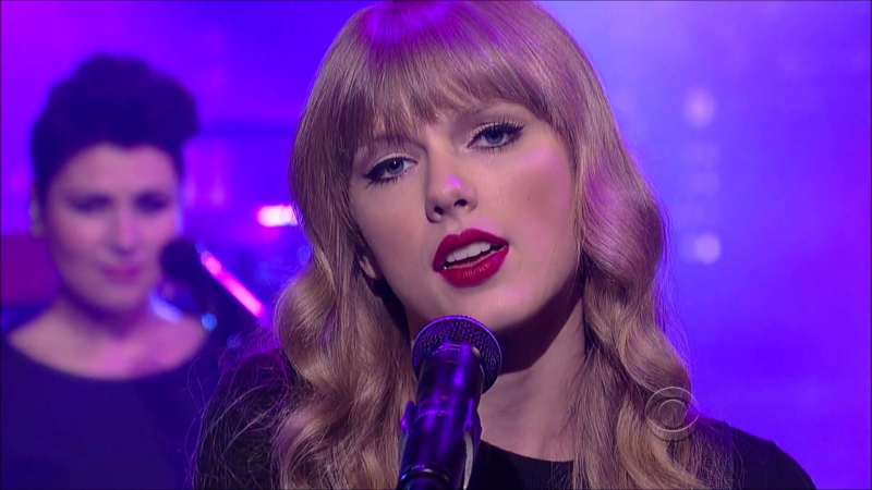 Taylor Swift - Red (Live on David Letterman Show 2012)