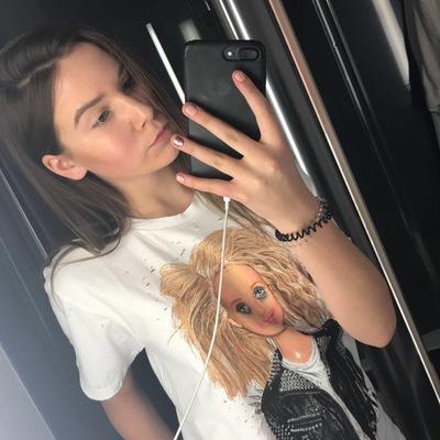 Ангелина Клапишевская