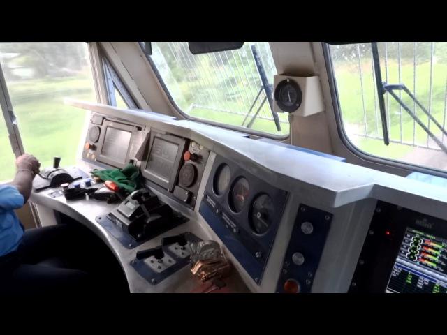 Индийские железные дороги. [IRFCA] Inside Rajdhani Express Locomotive, Ultimate Cab Ride in WDP4D Engine