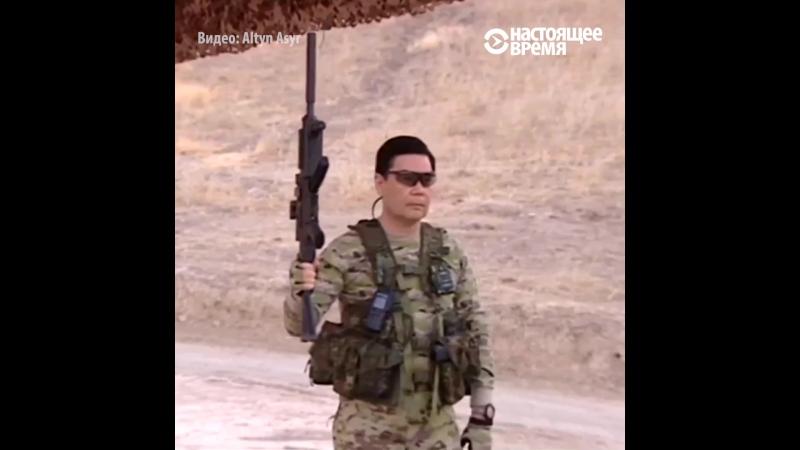 Прэзыдэнт Туркмэністану паказаў вайскоўцам майстар кляс па валоданьні зброяй