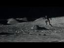 Флаг на луне и копьё судьбы.