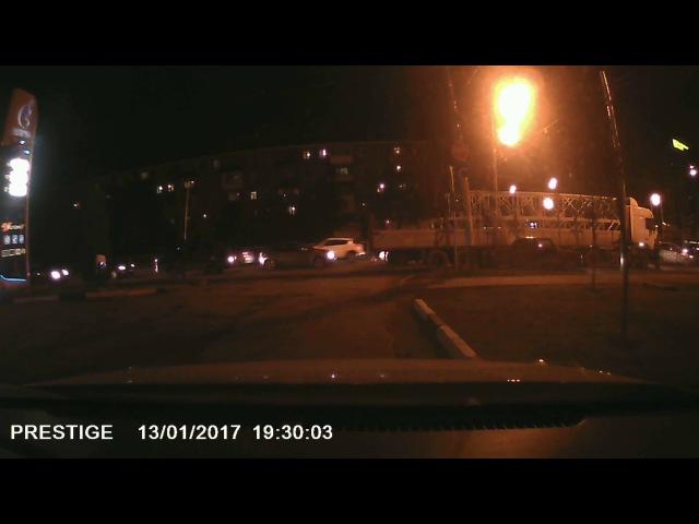 ДТП на пересечение Старокубанской и Ставропольской 13 01 2017