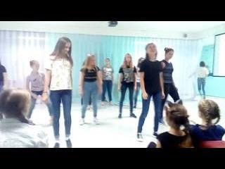 Флешмоб танец физруков'