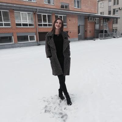 Лиза Белобородова