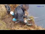 Жесть рыбалка Пьяные рыбаки на рыбалке Русская рыбалка Рыбалка приколы fishing_HD.mp4