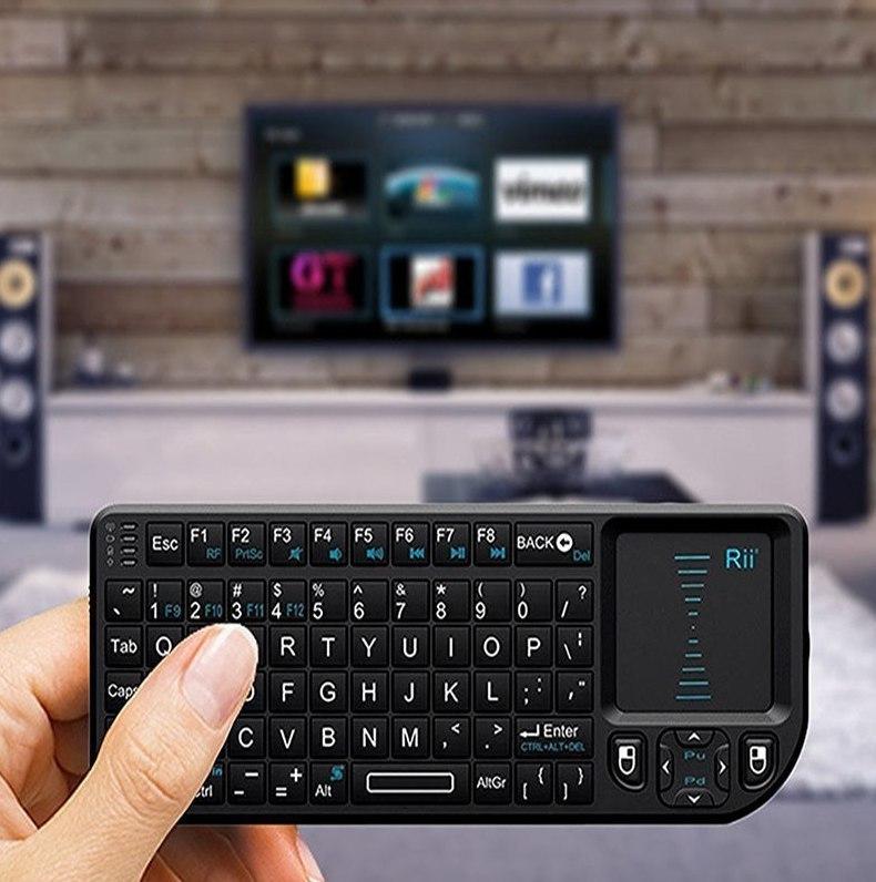Годная мини-клавиатура которую вы можете подключить к любому устройству для управления на расстоянии