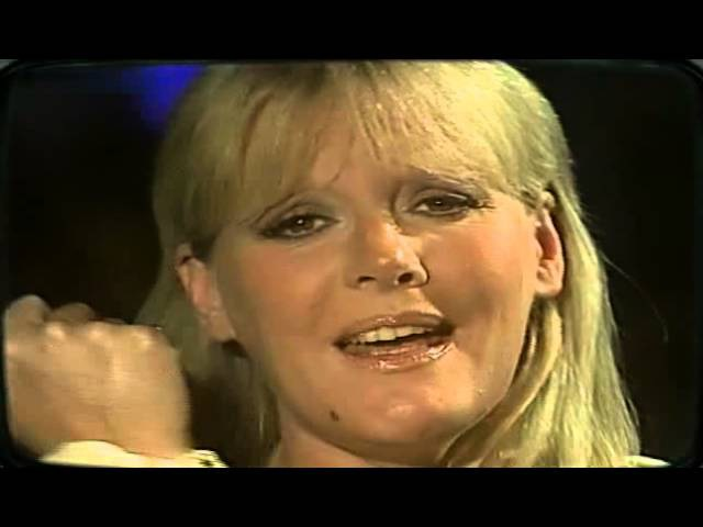 Petula Clark - I dont know how to love him 1972