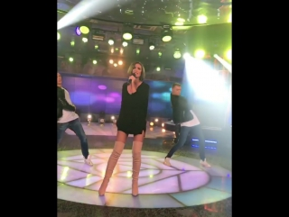 Ольга Бузова спела свою новую песню