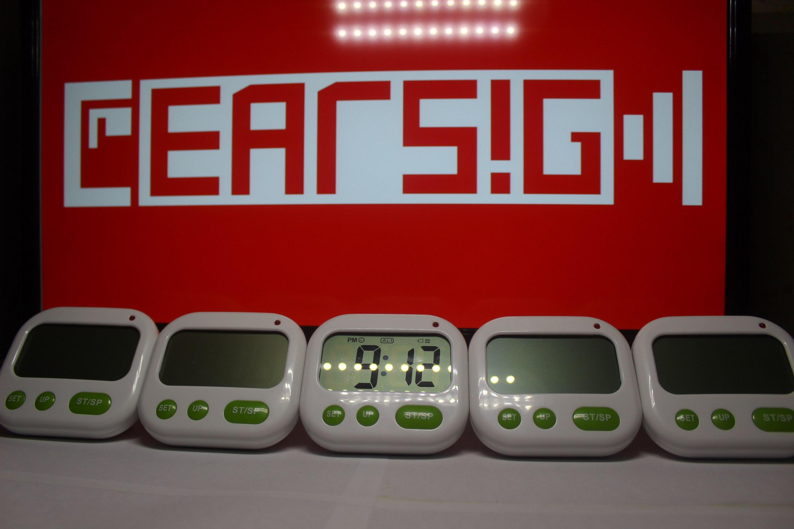 Будильник для глухих с мощной вибрацией.