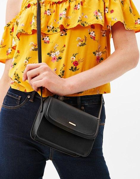 Мини-сумка с декоративной строчкой