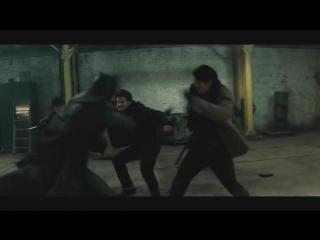 Бэтмен против Супермена | Batman v Superman (2016) Бой на Складе | Бэтмен спасает Марту