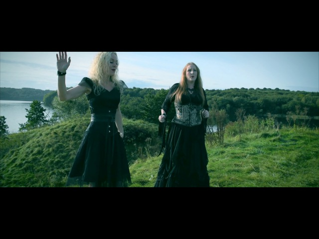 AKOMA featuring LIV KRISTINE - Revangels Videoclip