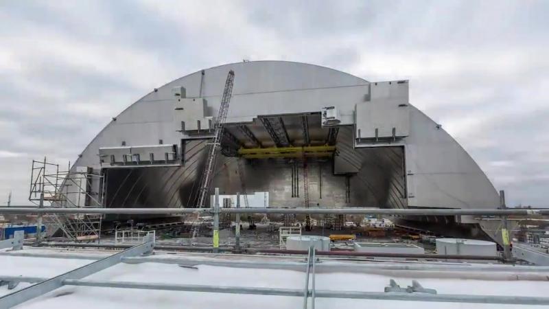 Четвертий енергоблок ЧАЕС закрили новим саркофагом