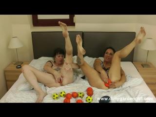 SexySasha and Dirtygardengirl prolapse balls fun [фистинг, анал, fisting,big toys, extreme pussy insertion, anal, gape]