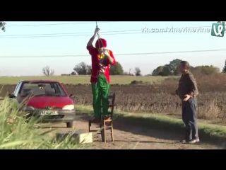 Жестокие пранки с клоунами