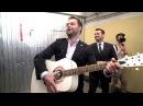 Виталий Гогунский поет в метро