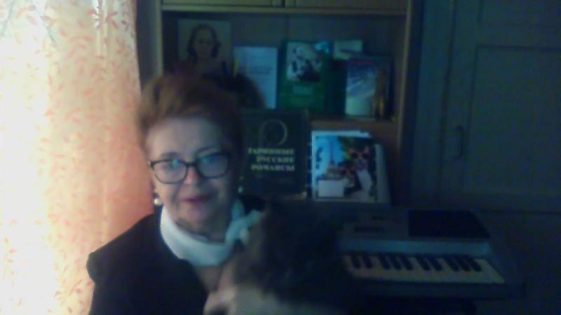 Анна Брыль знакомит с кошечкой Гелей