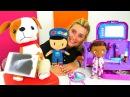 Doktor oyunu Selin ve Pepee bacağı yaralanan Köpüş'ü DocMcStuffins'e götürüyor Hastane oyunları