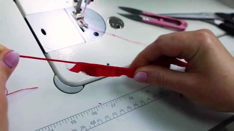 Как сделать вытачной шнур или рулик своими руками Мастер класс по пошиву шнура и